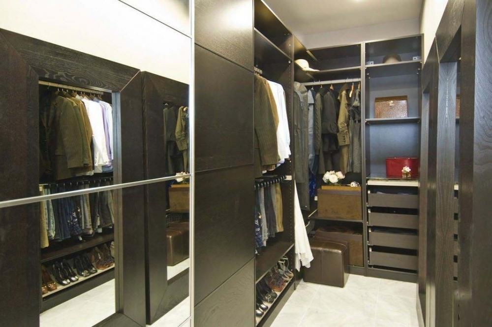 средний корж гардеробная в обычной квартире фото пилюлькин изучают расписание